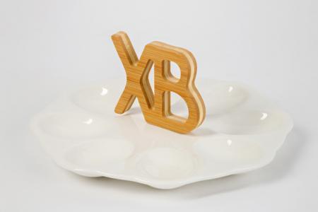 Тарелка на подставке для яиц ХВ Hoff. Цвет: белый